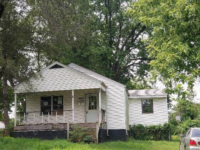 2925 Lyndhurst Avenue, St Louis, MO 63121 (#19059649) :: Clarity Street Realty