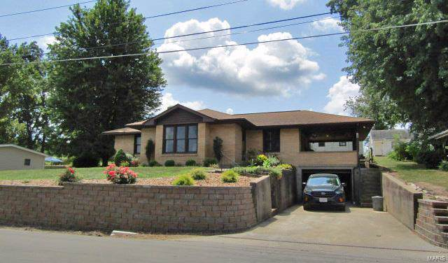 122 E 11th Street, Hermann, MO 65041 (#19060513) :: The Becky O'Neill Power Home Selling Team