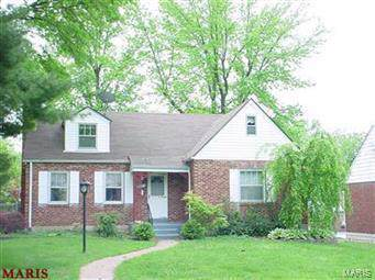 9002 Osage Lane, St Louis, MO 63114 (#19061312) :: The Becky O'Neill Power Home Selling Team