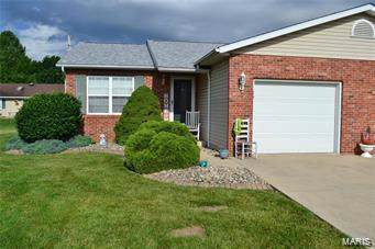 120 Sunbeam Drive A, Highland, IL 62249 (#19061873) :: Holden Realty Group - RE/MAX Preferred
