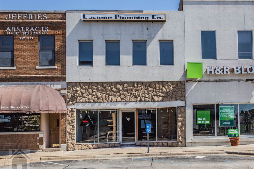 122 Commercial Street - Photo 1