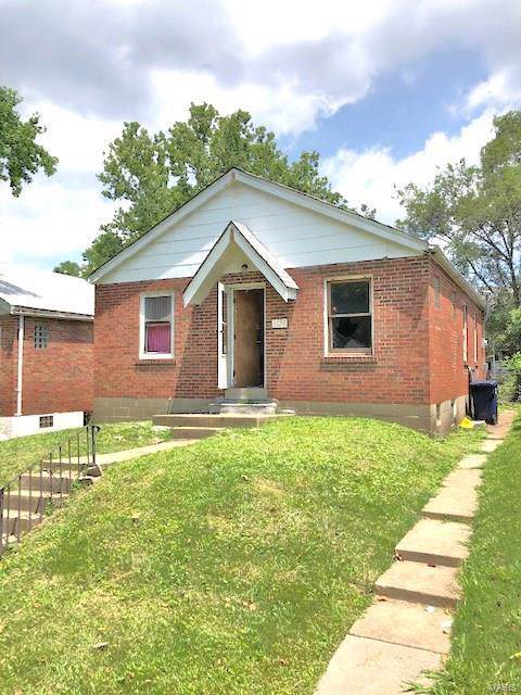 6039 Margaretta Avenue, St Louis, MO 63120 (#19068052) :: The Becky O'Neill Power Home Selling Team