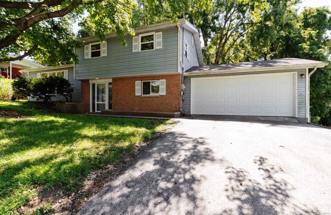 417 Valley View Drive - Photo 1