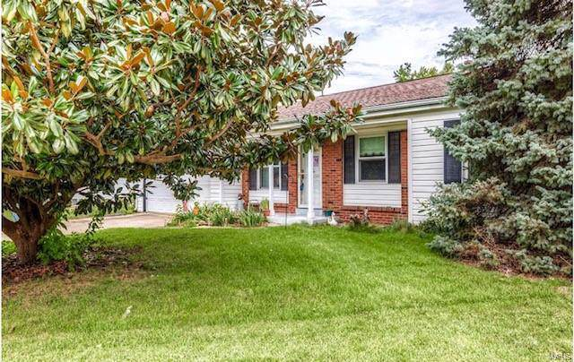 423 White Birch Way, Hazelwood, MO 63042 (#19069900) :: Clarity Street Realty