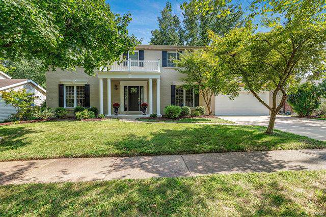 15670 Heathercroft Drive, Chesterfield, MO 63017 (#19070010) :: The Kathy Helbig Group