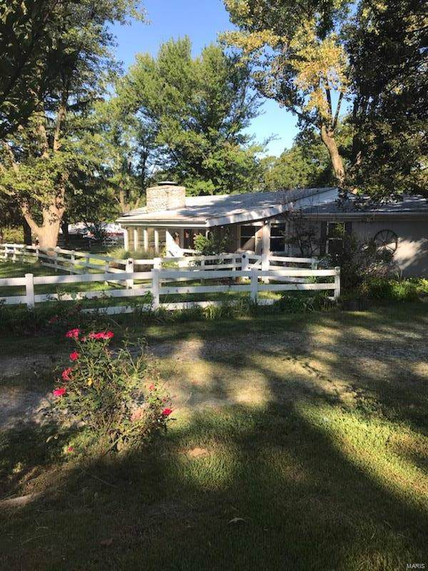 1679 Imbs Station Road, East Carondelet, IL 62240 (#19071429) :: Fusion Realty, LLC