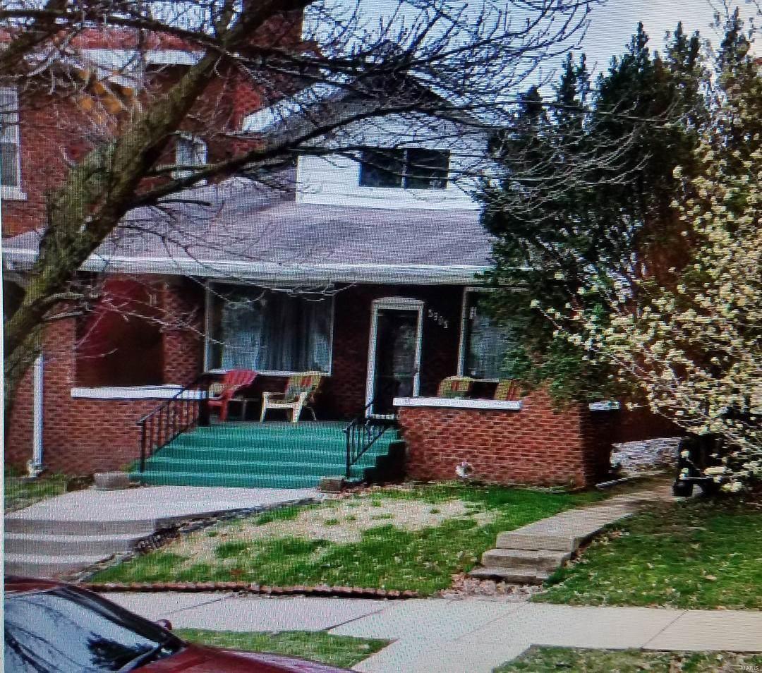 5806 Degiverville Avenue - Photo 1