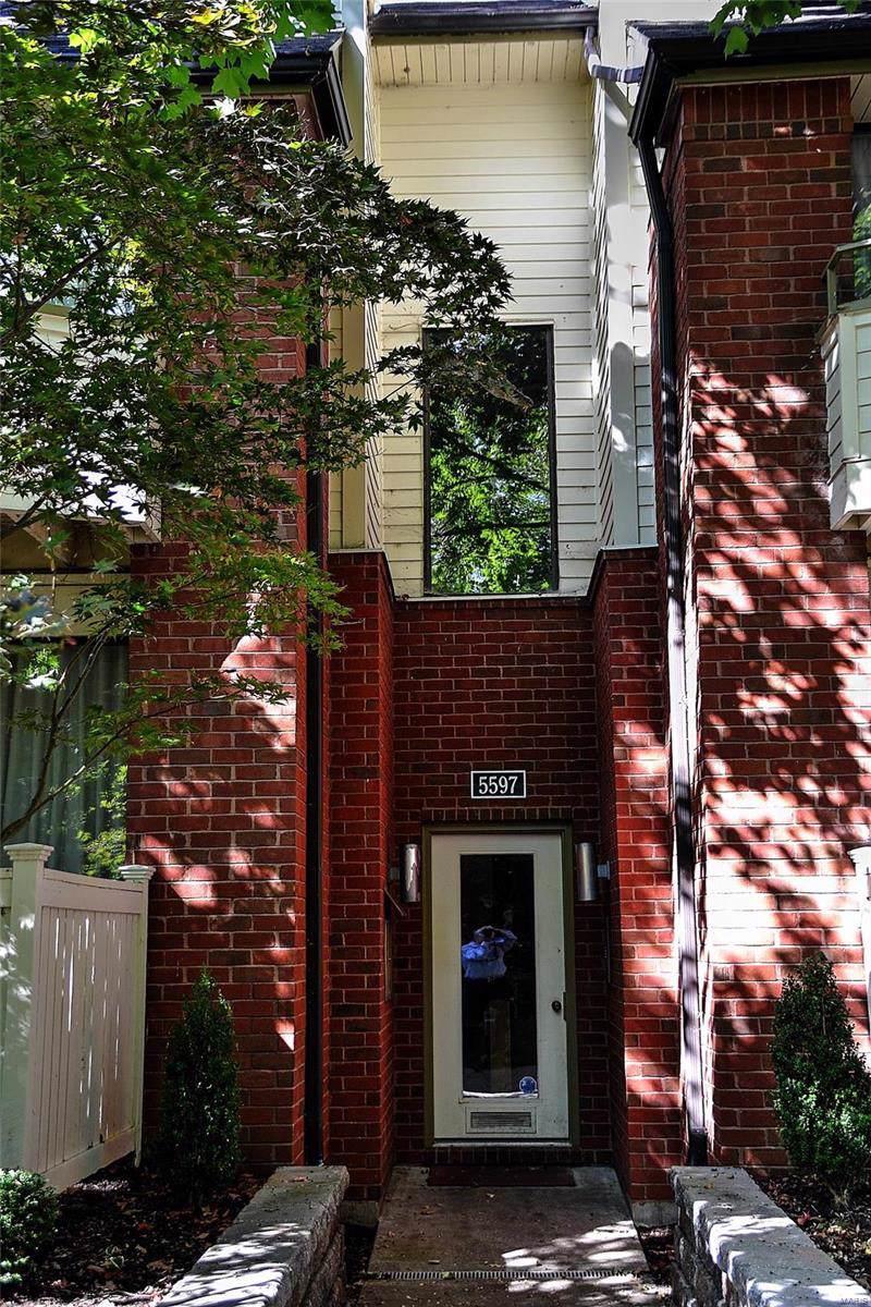 5597 Waterman Avenue - Photo 1