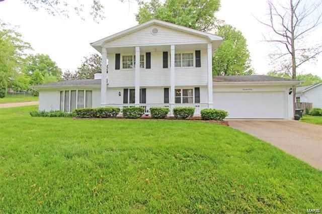 1705 Bel Air Drive, Cape Girardeau, MO 63701 (#19076116) :: The Kathy Helbig Group