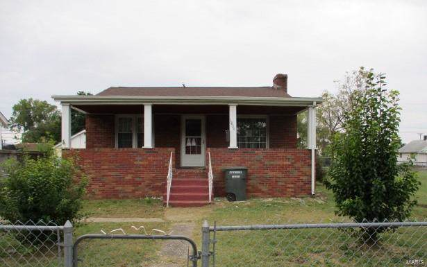 1804 2nd Street, Madison, IL 62060 (#19076407) :: RE/MAX Vision
