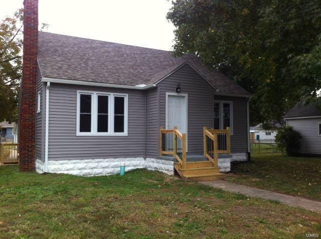98 Wood River Avenue, East Alton, IL 62024 (#19077195) :: Sue Martin Team
