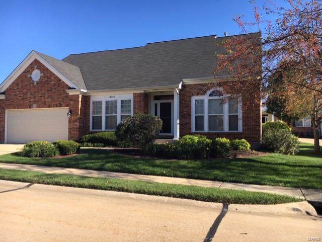 14720 Whitebrook Drive, Chesterfield, MO 63017 (#19079418) :: Clarity Street Realty