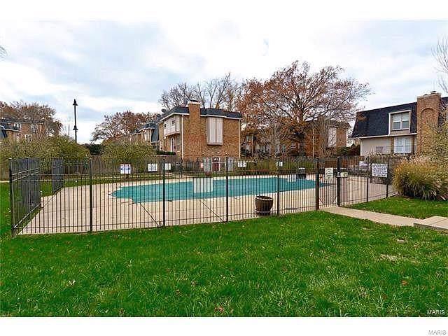 1159 Rue La Chelle Walk #1159, St Louis, MO 63141 (#19084638) :: PalmerHouse Properties LLC