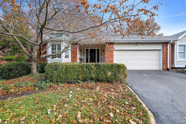 2414 Baxton Way, Chesterfield, MO 63017 (#19085110) :: Kelly Hager Group | TdD Premier Real Estate