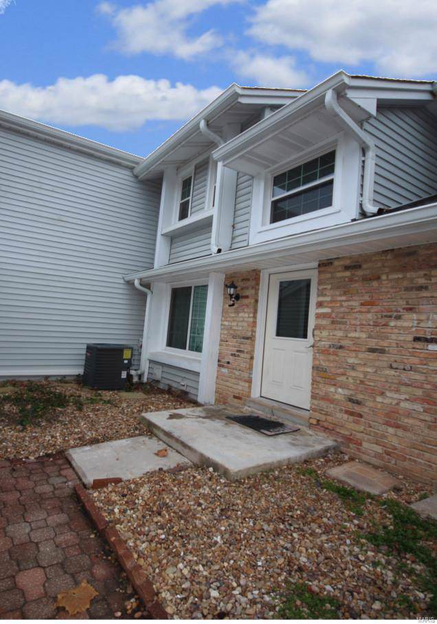 2353 Green Circle Court, Chesterfield, MO 63017 (#19085338) :: Clarity Street Realty