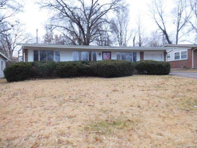 2660 Derby Place, Florissant, MO 63033 (#19086755) :: Clarity Street Realty