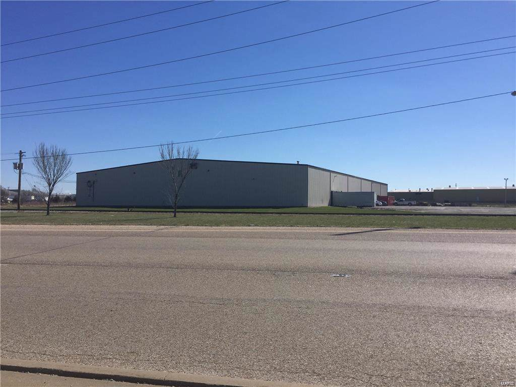 120 Industrial Drive - Photo 1