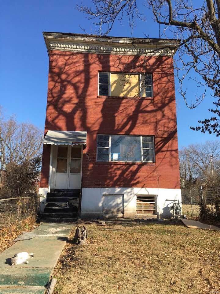 4217 Finney Avenue - Photo 1