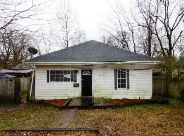 818 Cherry St, Poplar Bluff, MO 63901 (#20000660) :: Clarity Street Realty