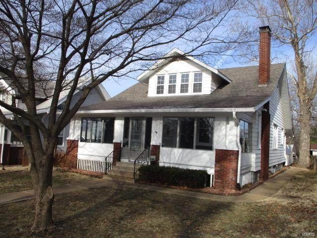 905 E B Street, Belleville, IL 62220 (#20010372) :: Fusion Realty, LLC