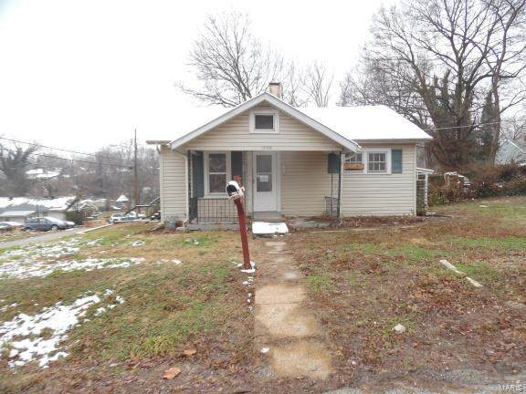 1000 Willard Street, Alton, IL 62002 (#20012245) :: RE/MAX Professional Realty