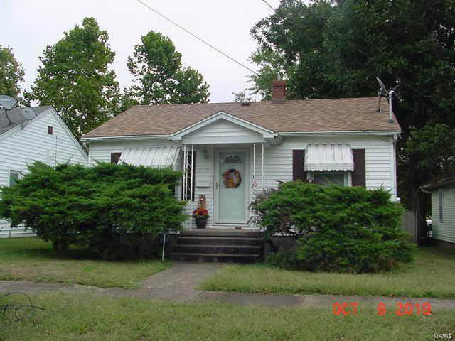 526 N 15th Street, MURPHYSBORO, IL 62966 (#20020675) :: The Becky O'Neill Power Home Selling Team