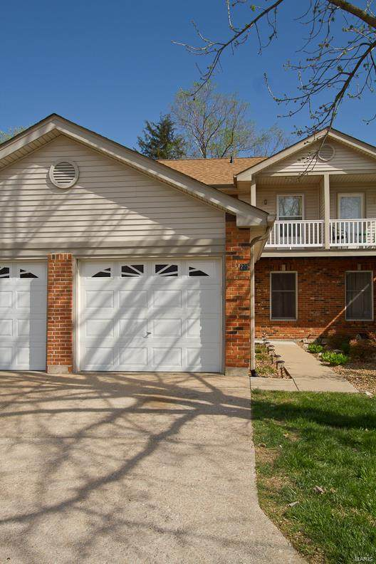 225 Deer Hollow Court, O'Fallon, MO 63366 (#20023015) :: Clarity Street Realty