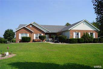 7723 Jefferson, Freeburg, IL 62221 (#20030715) :: Parson Realty Group
