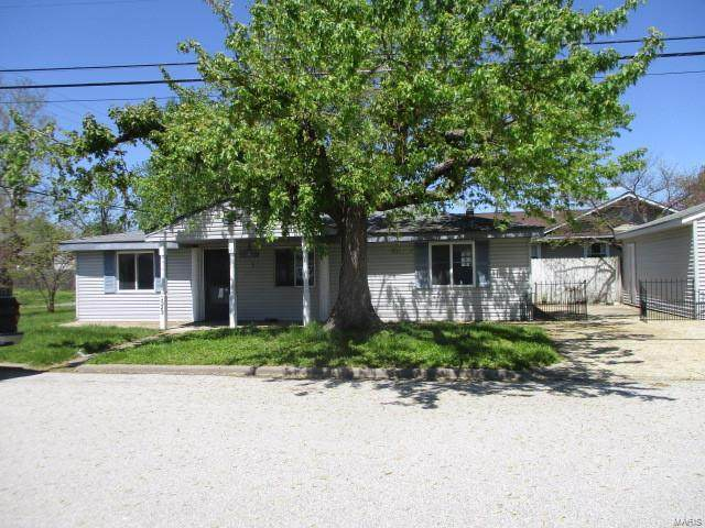 1323 Lewis Avenue, Wood River, IL 62095 (#20030786) :: Tarrant & Harman Real Estate and Auction Co.
