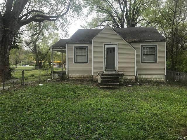 8780 Maple Avenue, Caseyville, IL 62232 (#20031300) :: Tarrant & Harman Real Estate and Auction Co.