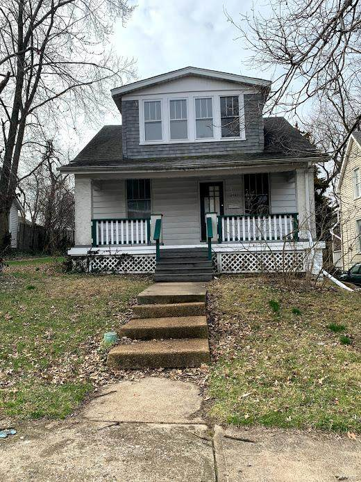 4340 Tholozan Avenue, St Louis, MO 63116 (#20033965) :: The Becky O'Neill Power Home Selling Team