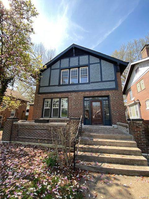 1069 Mccausland Avenue, St Louis, MO 63117 (#20036174) :: St. Louis Finest Homes Realty Group