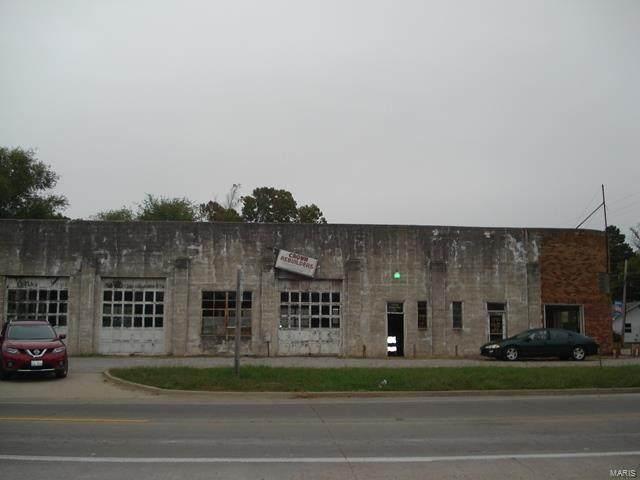 901 Victor Street - Photo 1