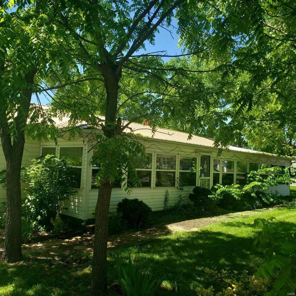 405 Lake Street - Photo 1