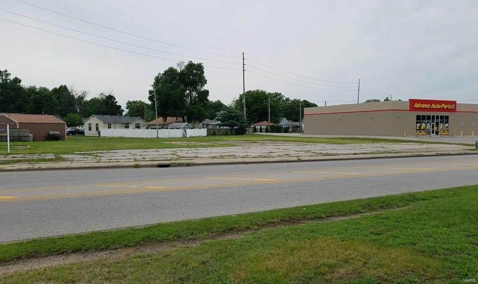 938 Edwardsville Road - Photo 1
