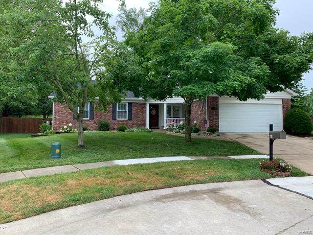 2701 Bluff Creek Court, St Louis, MO 63129 (#20044940) :: RE/MAX Professional Realty