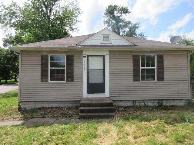 11909 Larimore, St Louis, MO 63138 (#20045251) :: Parson Realty Group