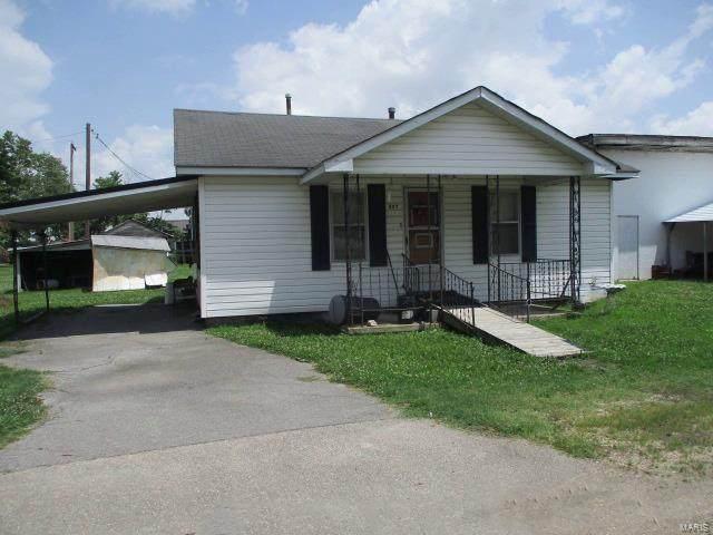 307 S Gideon Avenue, Gideon, MO 63848 (#20045326) :: The Becky O'Neill Power Home Selling Team