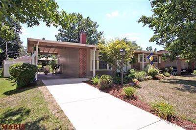 2650 Knollwood Lane, Florissant, MO 63031 (#20047426) :: Clarity Street Realty