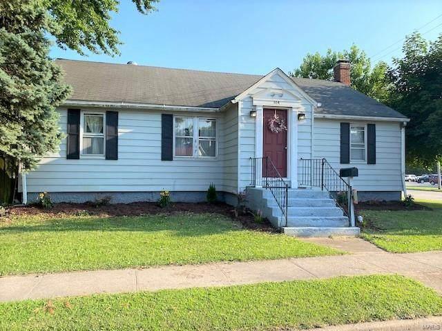 304 W Carpenter Street, Jerseyville, IL 62052 (#20047958) :: Hartmann Realtors Inc.