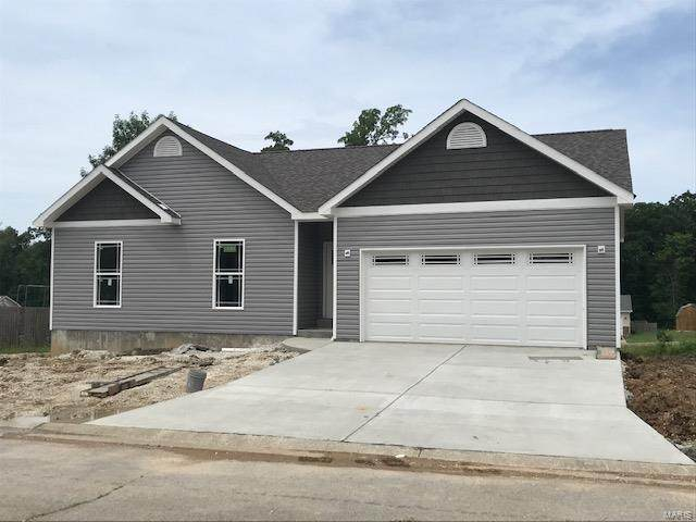 251 Village Circle Drive, Winfield, MO 66389 (#20048934) :: Hartmann Realtors Inc.
