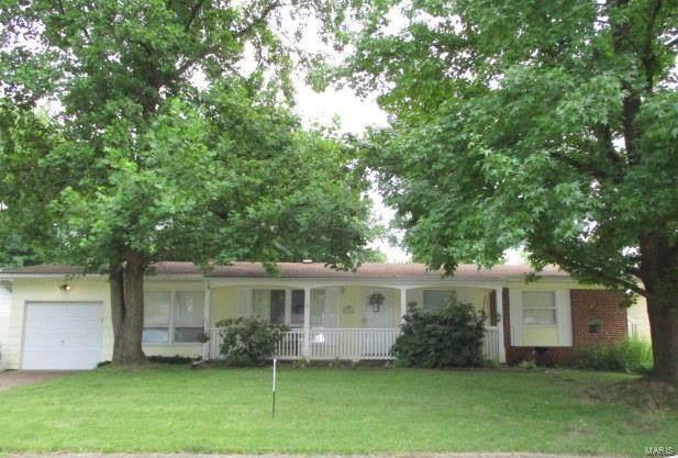 2740 Radcliffe Drive, Florissant, MO 63031 (#20049175) :: Matt Smith Real Estate Group