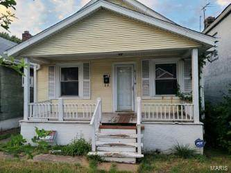 6105 Lillian Avenue, St Louis, MO 63136 (#20049889) :: The Becky O'Neill Power Home Selling Team