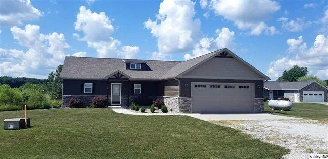 4330 Windward, Palmyra, MO 63461 (#20049951) :: The Becky O'Neill Power Home Selling Team