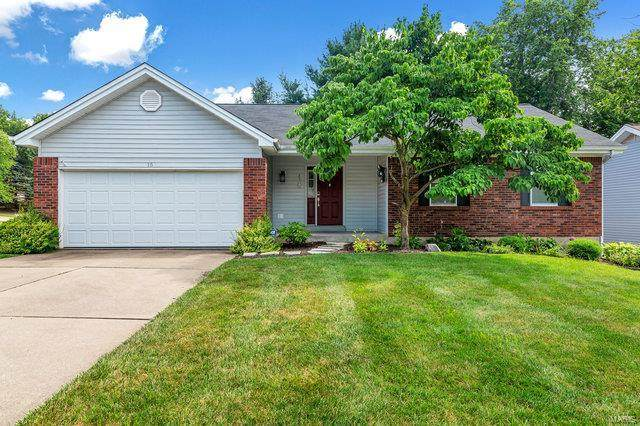 15 Lodge Lane, Lake St Louis, MO 63367 (#20050947) :: The Becky O'Neill Power Home Selling Team