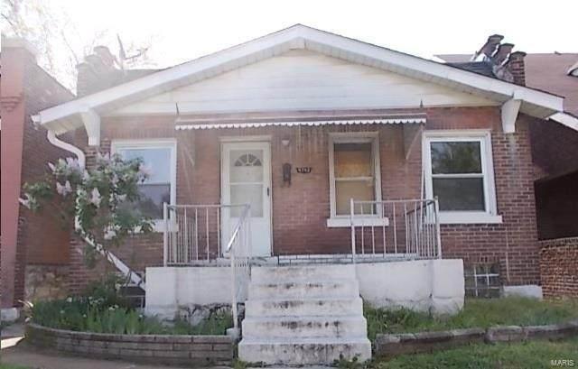 4742 Newport Avenue, St Louis, MO 63116 (#20054643) :: Tarrant & Harman Real Estate and Auction Co.