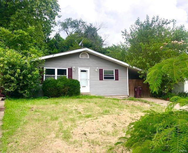 2713 W Randolph, Saint Charles, MO 63301 (#20055651) :: The Becky O'Neill Power Home Selling Team