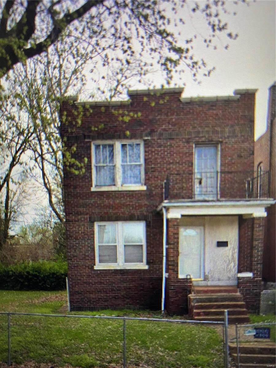 4276 Saint Louis Avenue - Photo 1