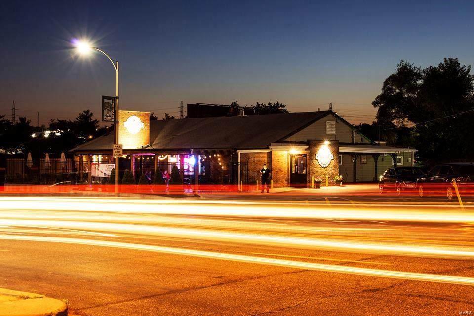 6997 Chippewa Street - Photo 1
