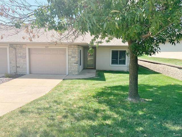 925 Pine Avenue, Warrenton, MO 63383 (#20060528) :: The Becky O'Neill Power Home Selling Team